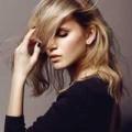 blondes Haar, sinnlich